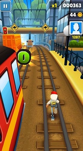 Subway surfers: World tour Sydney Android Game Image 1