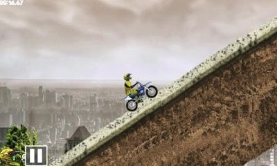 Crazy City Moto Android Game Image 2