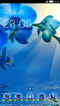 Blue Flowers CLauncher Android Mobile Phone Theme Image 1