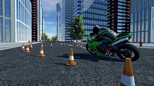 Moto Extreme Racing Android Game Image 2