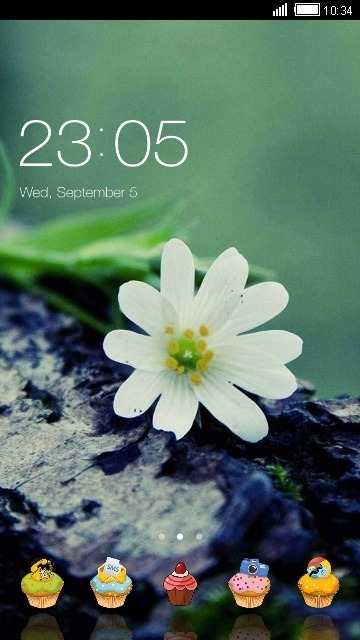 White Flower CLauncher Android Theme Image 1