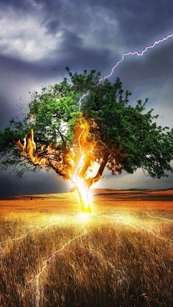 Lightning Mobile Phone Wallpaper Image 1