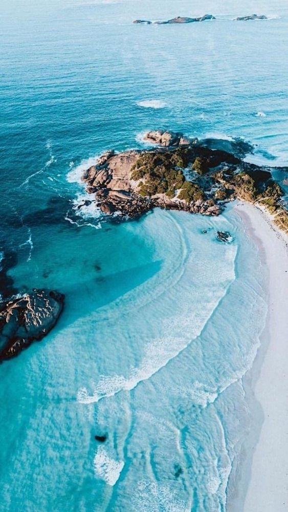 Beach Mobile Phone Wallpaper Image 1