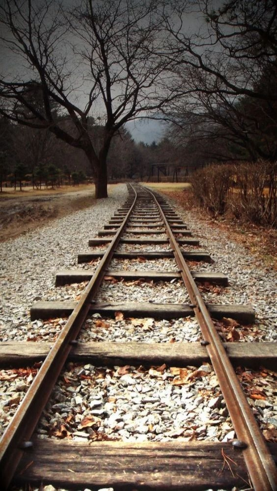 Railway Track Mobile Phone Wallpaper Image 1