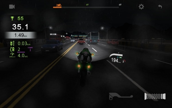 Real Moto Traffic Android Game Image 4